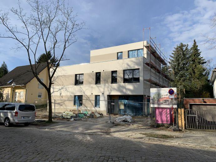 3-Zimmer-Wohnung mit riesigem Gartenanteil