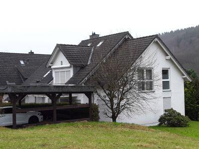 Zweifamilienhaus mit 2 Doppelcarports in Kierspe-Vollme