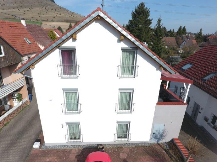 Hochwertiges 2-Familienhaus - auch für den cleveren Kapitalanleger und /oder Eigennutzer!