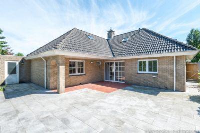 frische neuwertige freistehende bungalow am rande von losser niederlande bungalow gronau 2ckwd4c. Black Bedroom Furniture Sets. Home Design Ideas