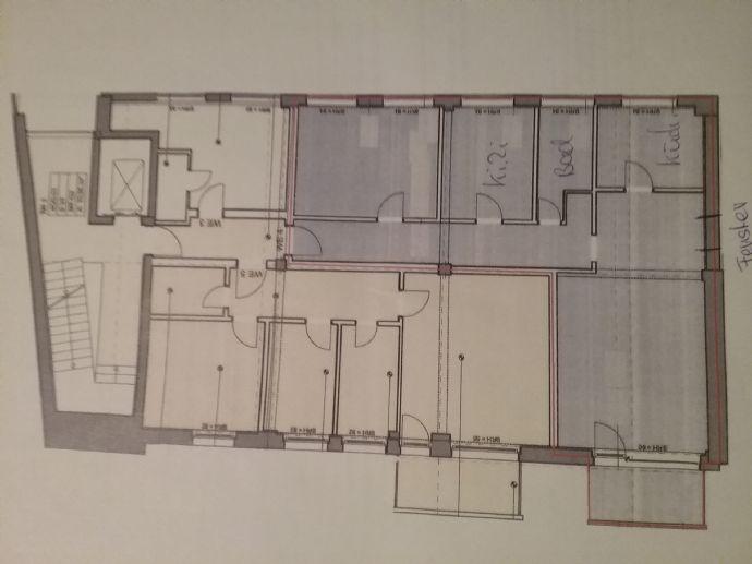 Gemütliche 2,5-Raum-Altbauwohnung mit EBK, Balkon, Bad mit Wanne zu vermieten!