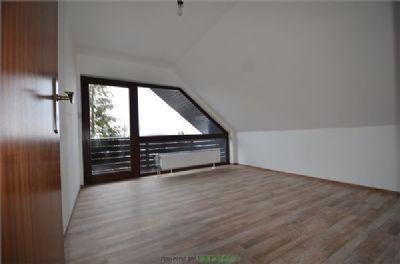 2. Zimmer mit Balkon OG