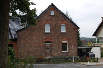 einseitig angebautes ein zweifamilienhaus mit backsteinfassade in ruhiger wohnlage mit blick. Black Bedroom Furniture Sets. Home Design Ideas