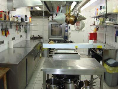 Eine spitzen Profi-Küche, hochwertig und wie neu..