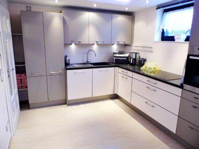 Neue Küche im Hangteil