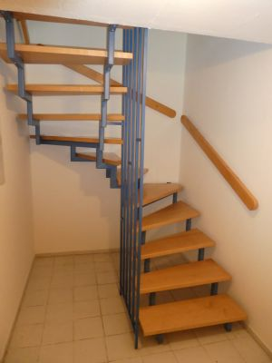 Treppe in`s UG