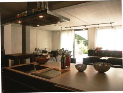 Kochinsel Küche mit Grillplatt