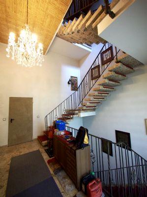 Treppenhaus zur Wohnung