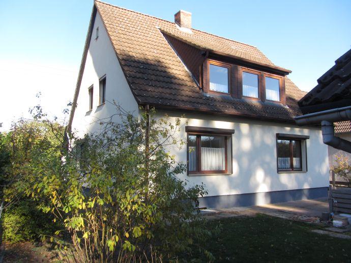 Einfamilienhaus Mit Terrasse Und Garten In Braunschweig