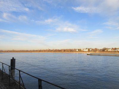 Fußnähe Rhein