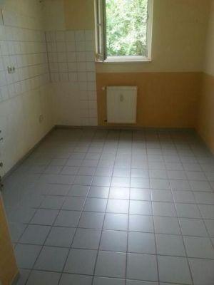Beispiel: alle Küchen mit Fenster