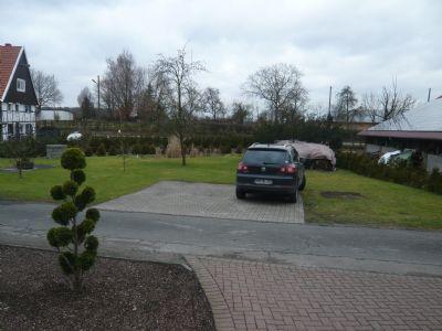 PKW-Stellplatz für ein weiteres Auto