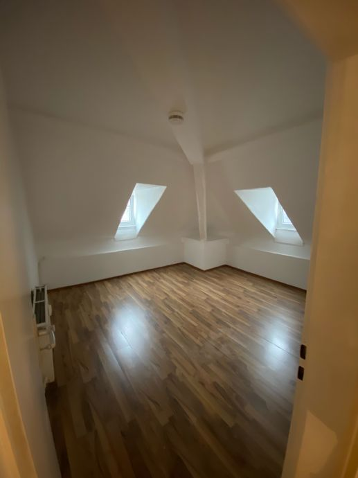 Gemütliche 4 Zi.-DG-Wohnung in Zentrallage Bad Schwalbach