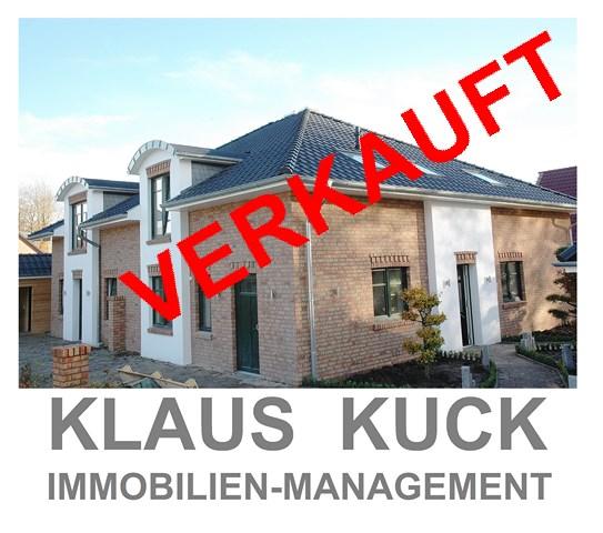 Luxuriöse Doppelhaushälfte mit Carport in Wiefelstede-Bokel