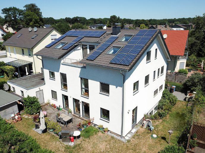 Freistehendes 1-3 Familienhaus â groß â modern â innovativ