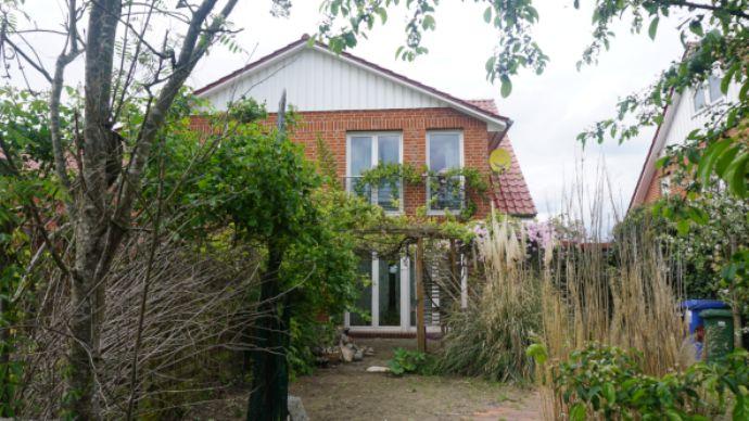 Mieter für Doppelhaushälfte in Achim Baden gesucht