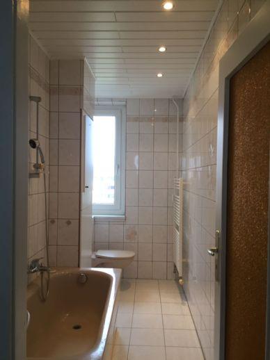 Sofortbezug ! Provisionsfrei ! Helle dreizimmrige Wohnung mit Balkon in Nünchritz