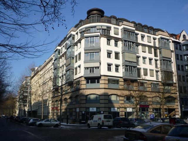 Helle Wohnung im Mozart-Palais Leipziger mit Einbauküche