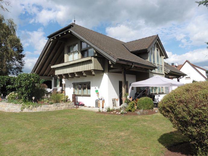 Edles Splitlevel-Galerie Landhaus mit viel Platz in perfekt gepflegtem Zustand!