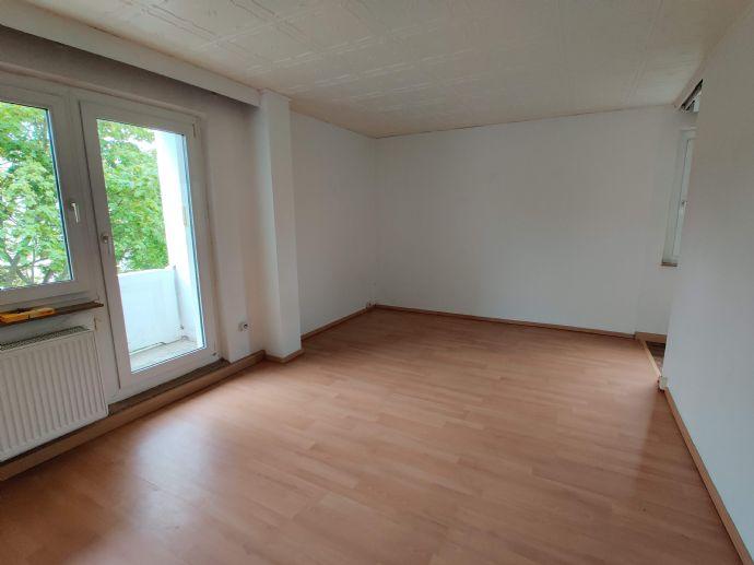 Günstige 1-Zimmer-Wohnung mit Balkon