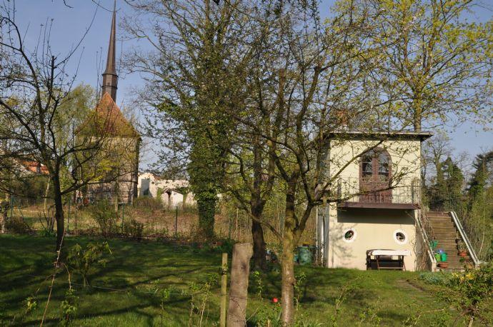 2 Raum Wohnung in Wohnhaus mit historischem Stadtgarten, am Altstadtrand