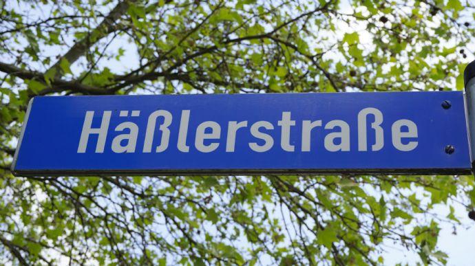 Junge Pärchen aufgepasst! 3 Zimmer-Dachgeschoss-Wohnung im Erfurter Süden