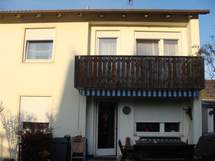 Erstbezug nach Komplettsanierung - Großzügige Doppelhaushälfte