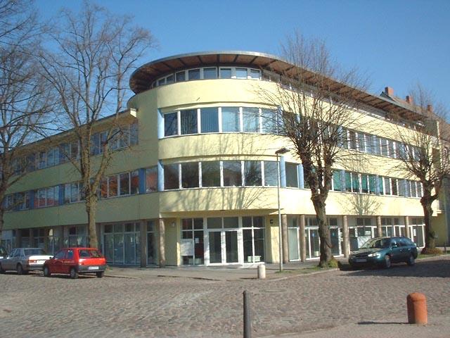 Attraktive 3 Zimmer-Wohnung mit werthaltiger Wohnanlage in Oranienburg zu verkaufen