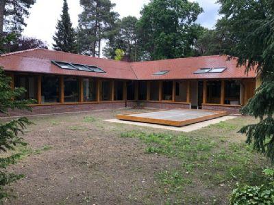 Baugrundstück in Dahlem: Hervorragende Lage mit Bestandsobjekt