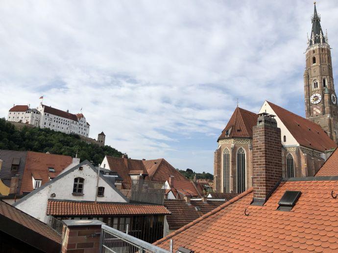 Sanierte Penthous-Wohnung mit Dachterasse in der Altstadt von Landshut