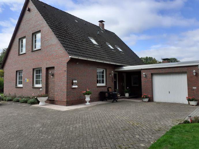 Provisionsfrei // Privatverkauf: Ländliches Einfamilienhaus in Wiefelstede-Süd, Landkreis Ammerland