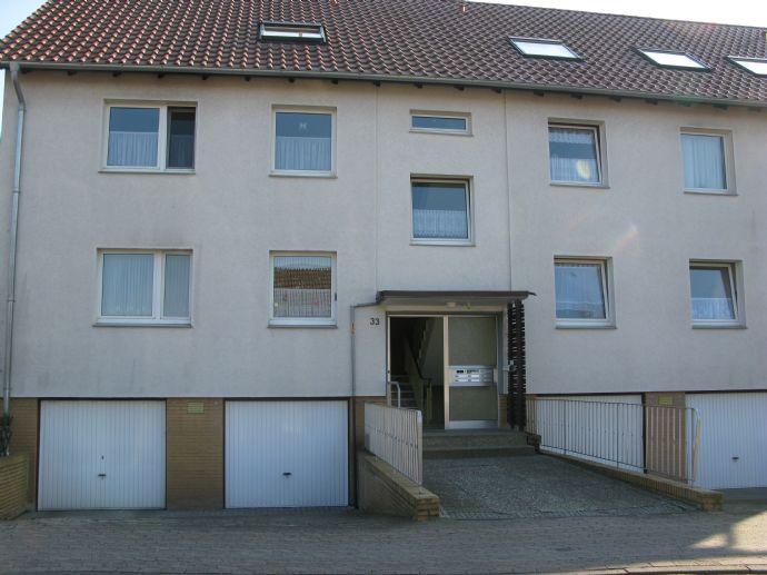 Gepflegte 2-Zimmer Eigentumswohnung, vermietet, in guter Lage in Garbsen, OT Stelingen mit Balkon
