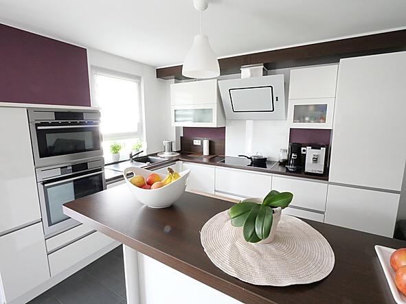 moderne, junge 4-Zimmer Wohnung mit möblierter Küche und Bad in Offenbach Rumpenheim