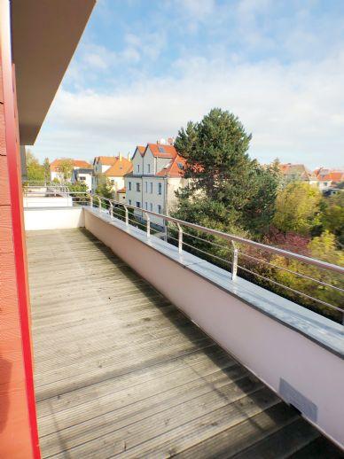 helle DG-Wohnung mit Aufzug und großer Dachterrasse in Wiederitzsch