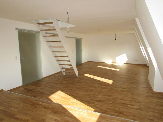 Komfortable Loft-Wohnung in exponierter Stadtteillage! Lifestyle über den Dächern von MA-Neckarau