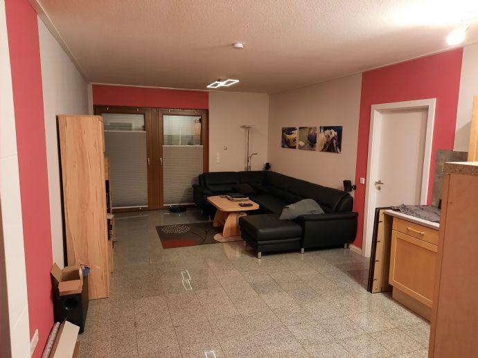 2-Zimmer-Whg. mit EBK und Balkon