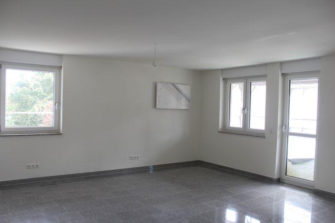 Hochwertige 2 Zimmerwohnung, Neubau, Korntal zentral, ruhige Wohnlage, S-Bahnnähe