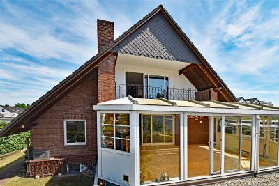 Stadtnahes Einfamilienhaus für Individualisten: EFH mit 4,5 ZImmern und pflegeleichtem Garten