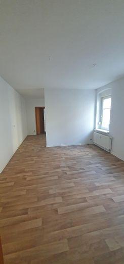 Eine schöne 2-Raum-Wohnung im Zentrum von Schmölln
