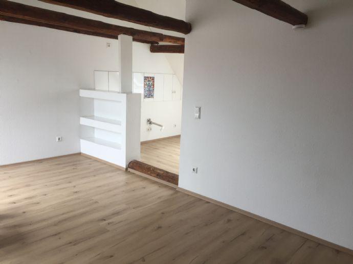 3 Zimmer DG mit Balkon in Rosdorf