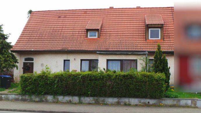 Doppelhaushälfte in Hettstedt zum Sanieren