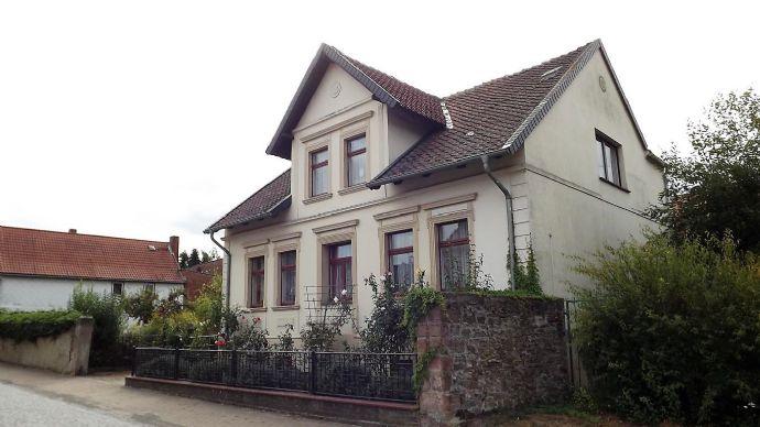 *** Villa am Schloß, nur 35 Minuten von Magdeburg, Reiterhof in unmittelbarer Nähe ***