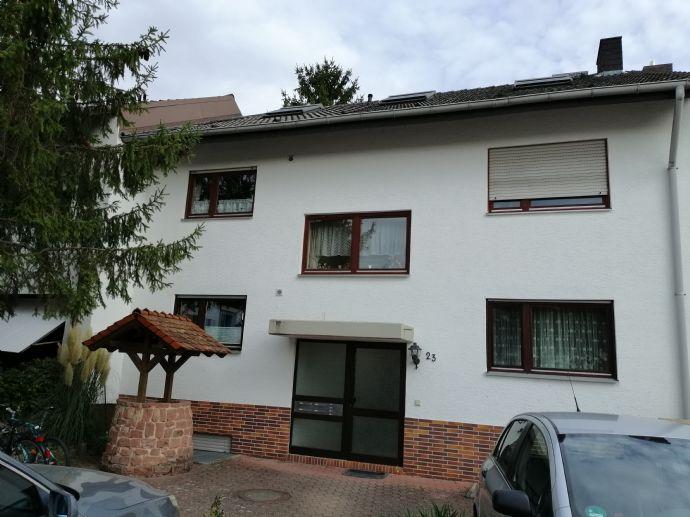 Dachgeschosswohnung mit schöner Dachterrasse