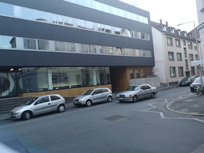 Wohnen am Museum! Luxuriöse 3 Raum Maisonette-Stadtwohnung - zu Fuß zum Bahnhof - zu Fuß in die Stadt