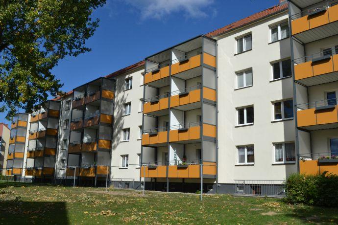 2 Zimmer mit Dusche und Badewanne in Knieper Nord