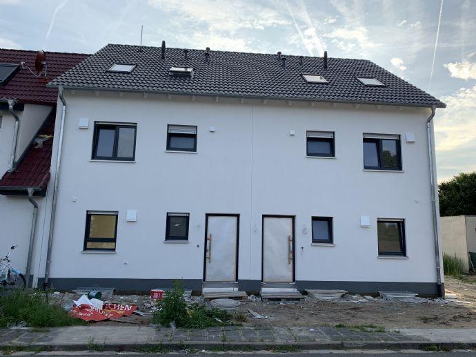 Neubau - Doppelhaushälfte - Provisionsfrei