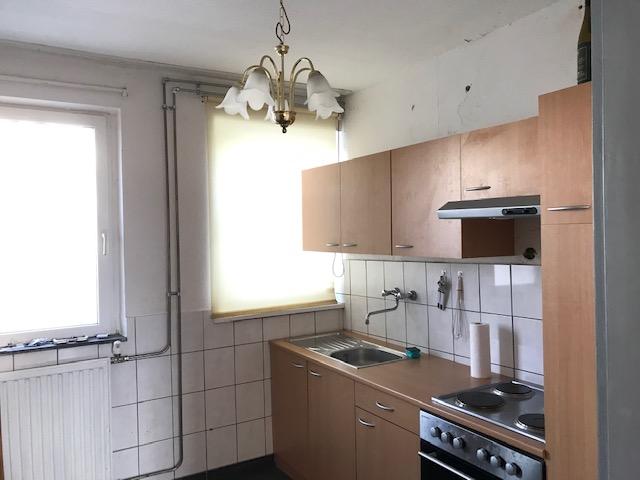 3-Zimmer-Wohnung renoviert mit Einbauküche und balkon