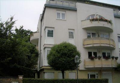 gemütliche 2-RWE mit Balkon, Aufzug - Duplexgaragenstellplatz im Preis enthalten