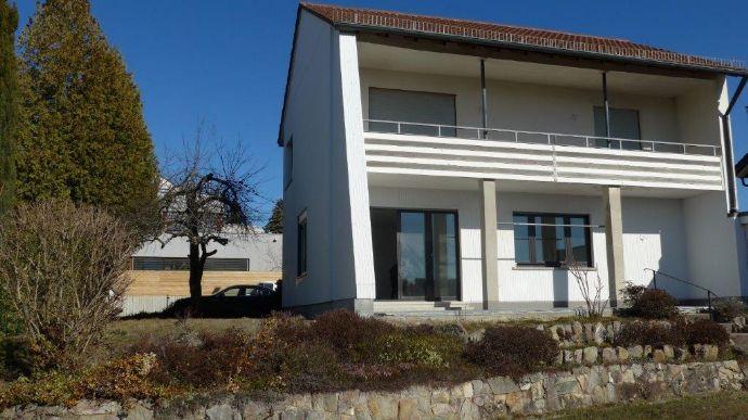 freistehendes Einfamilienhaus in Top Lage mit Skyline-Blick, Oberursel-Oberstedten