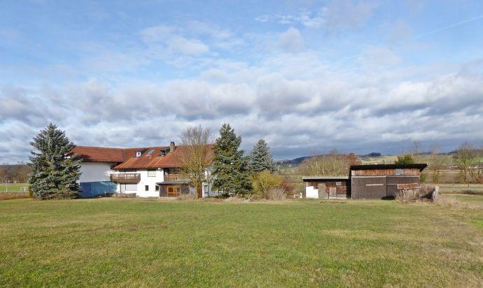 Großes Anwesen in idyllischer Lage zwischen Bad Birnbach und Anzenkirchen